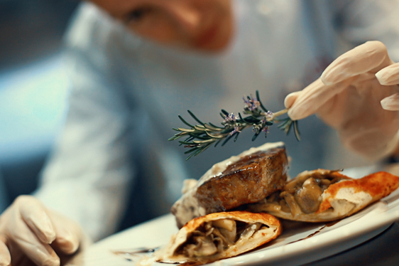 "<a href=""/who-we-serve/industries#restaurants"">Restaurants</a>"